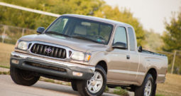 2004 Toyota Tacoma Xtracab, CarFax Certified
