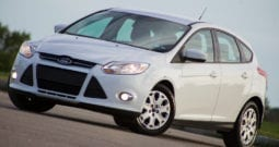 2012 Ford Focus SE, 1-Owner, CarFax Certified, AUX
