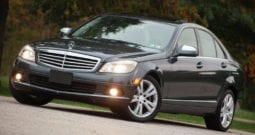 2009 Mercedes-Benz C300 Luxury 4MATIC, Navigation, Bluetooth