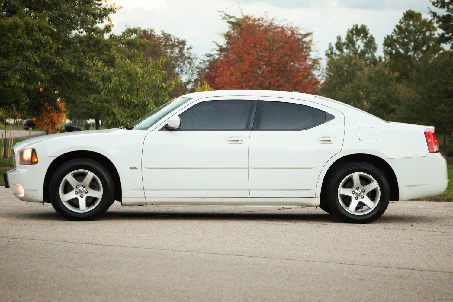 2010 dodge charger sxt carfax certified aux. Black Bedroom Furniture Sets. Home Design Ideas