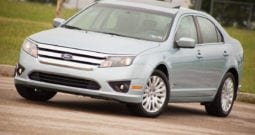 2010 Ford Fusion Hybrid, CarFax Certified, One Owner