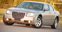 2006 Chrysler 300 Touring, CarFax Certified, AUX