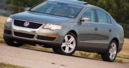 2006 Volkswagen Passat, CarFax Certified, Sunroof