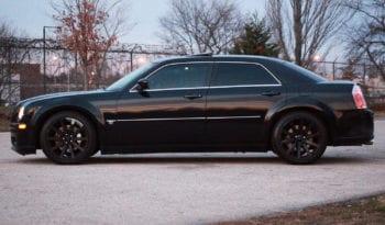 2006 Chrysler 300C SRT-8, Navigation, CarFax Certified, DVD Rear Entertainment full