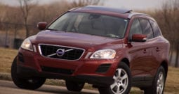 2011 Volvo XC60, CarFax Certified, AWD, Panoramic Sunroof, AUX