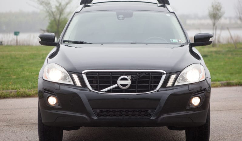 2010 Volvo XC60, AWD, 1-Owner, CarFax Certified, Panoramic Sunroof full