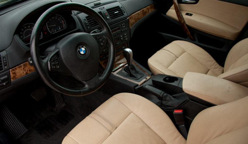 2007 BMW X3 Sport, AWD, Panoramic Sunroof, Dealer Serviced full