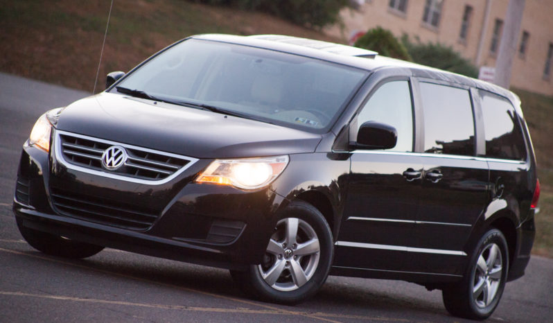 2010 Used Volkswagen Routan SEL for Sale full