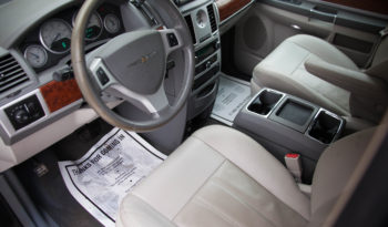 2009 Used Chrysler Town & Country Touring for sale full