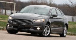 2016 Ford Fusion Energi Hybrid Plug-in Titanium, NAV, Heated Leather Seats, Premium Sound