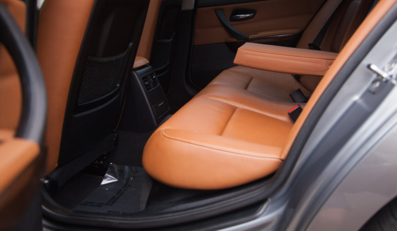 2009 BMW 335xi – Rear Orange Interior full