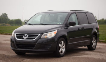 2011 Used Volkswagen Routan SE For Sale full