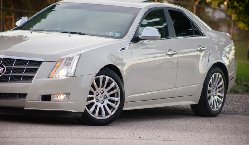 2010 Cadillac CTS – Heated & Ventilated Seats, AWD, Navigation full
