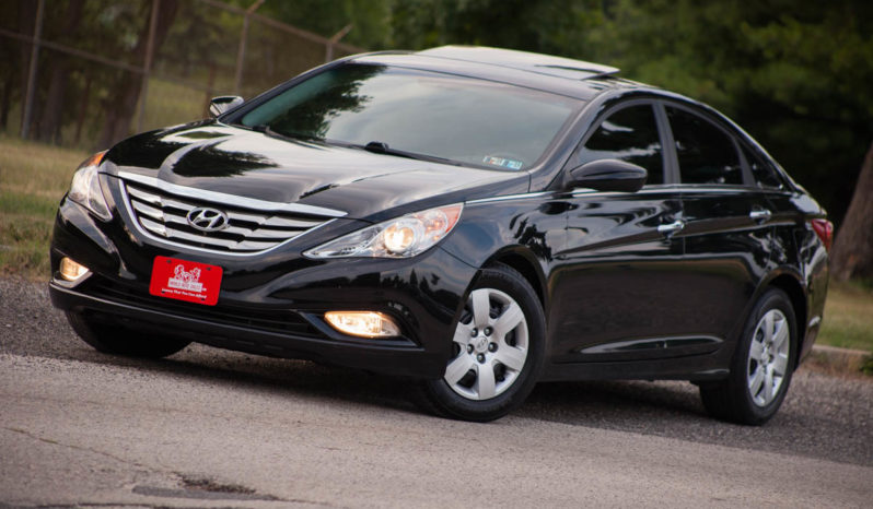 2011 Hyundai Sonata, Sunroof, Fog-lights, Tinted Windows full