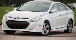 2012 Hyundai Sonata Hybrid, Cold Weather Package, NAV System
