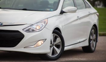 2012 Hyundai Sonata Hybrid, Cold Weather Package, NAV System full