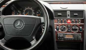 2000 Mercedes Benz C-Class, Low Mileage, Moon Roof, Alloy Wheels full