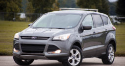 2013 Ford Escape SE, 4×4, Alloy Wheels, Fog Lights, Blue Tooth Interface