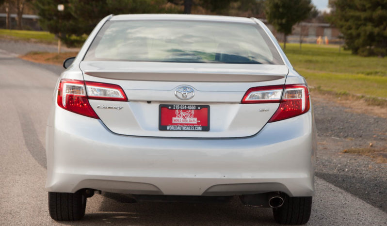 2014 Toyota Camry, Bluetooth, Sunroof, Sport Package full
