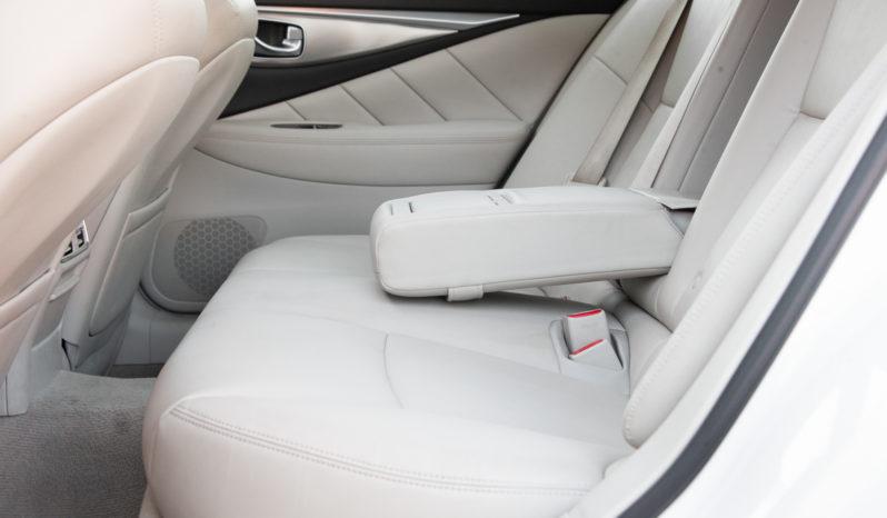 2015 Infiniti Q50, NAV, AWD, Premium Sound, Fully Loaded full