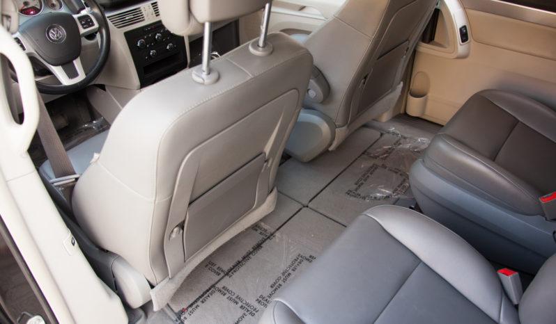 2011 Volkswagen Routan, Bluetooth Wireless, Satellite Radio, Third Row Seats full