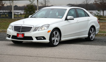 2011 Mercedes Benz E-350, 4MATIC AWD, Sunroof, Bluetooth, Alloy Wheels full