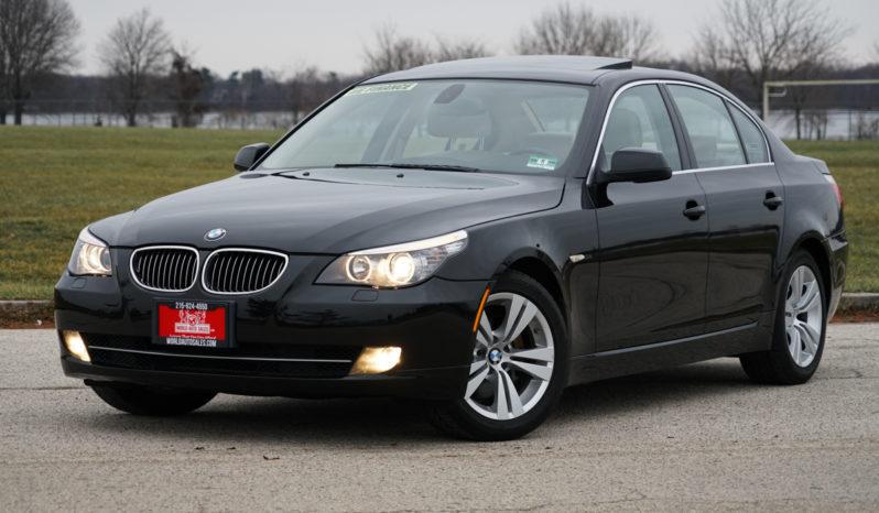 2010 BMW 528i, NAV, Leather Seats, Sunroof full