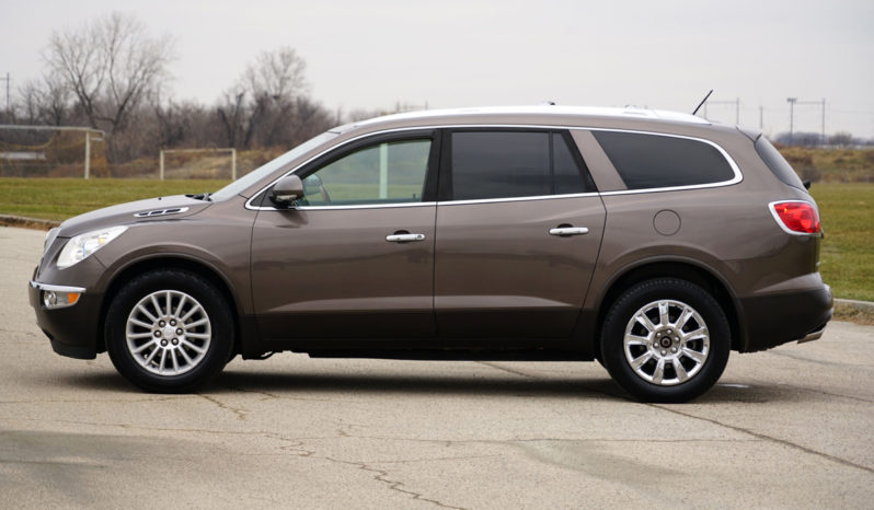 2010 Buick Enclave CXL, AWD, Third Row Seating, NAV, Backup Camera, Fully Loaded full