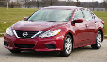 2016 Nissan Altima, Bluetooth Wireless, Good Fuel Efficiency, Low Miles full
