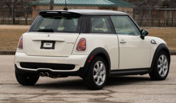 2009 MINI Cooper S Hardtop, Manual, Leather Seats, Satellite Features, Bluetooth Wireless, Sports Package full