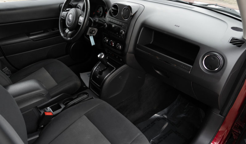 2012 Jeep Patriot Latitude, 4×4, Heated Seats, Fog Lights, Luggage Rack, Alloy Wheels full