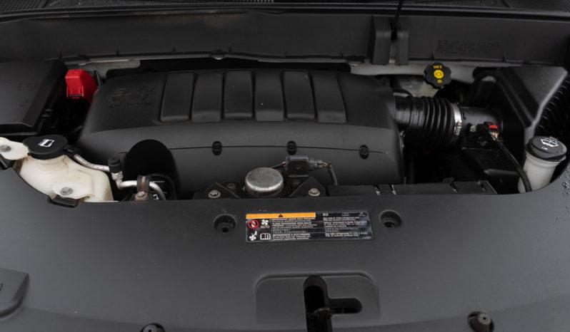 2014 Chevrolet Traverse LT, AWD, Third Row Seats, Satellite Radio, Bluetooth Wireless, Parking Sensors, Backup Camera full