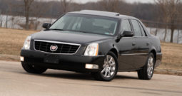 2011 Cadillac DTS, NAV, Satellite Features, Heated Leather Seats, Fog Lights, Alloy Wheels