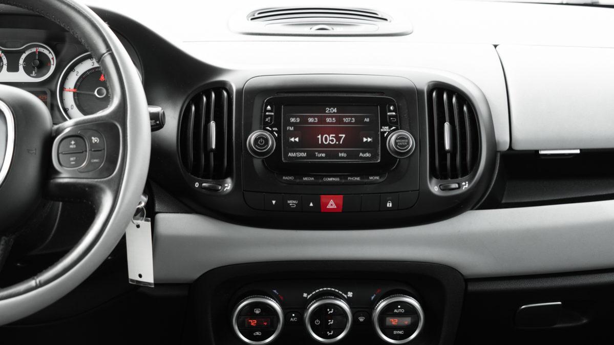 2014 FIAT 500L Easy Hatchback | Car Dealership in Philadelphia