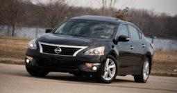 2015 Nissan Altima SL, NAV, Heated Leather Seats, Bluetooth Wireless, Power Sunroof, Alloy Wheels, Premium Sound