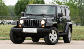 2010 Jeep Wrangler Unlimited Sahara, 4×4, NAV, Towing Package, Premium Infinity Stereo System full