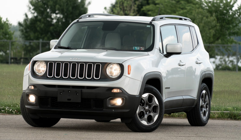 2015 Jeep Renegade Latitude, Manual, NAV, Bluetooth Wireless, Backup Camera, Alloy Wheels full