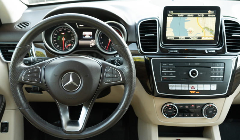 2016 Mercedes-Benz GLE 350 4MATIC, AWD, NAV, Heated Leather Seats, Premium Sound full