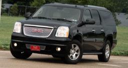 2007 GMC Yukon XL 1500 Denali, AWD, NAV, Heated Leather Seats, Third Row Seats, Alloy Wheels